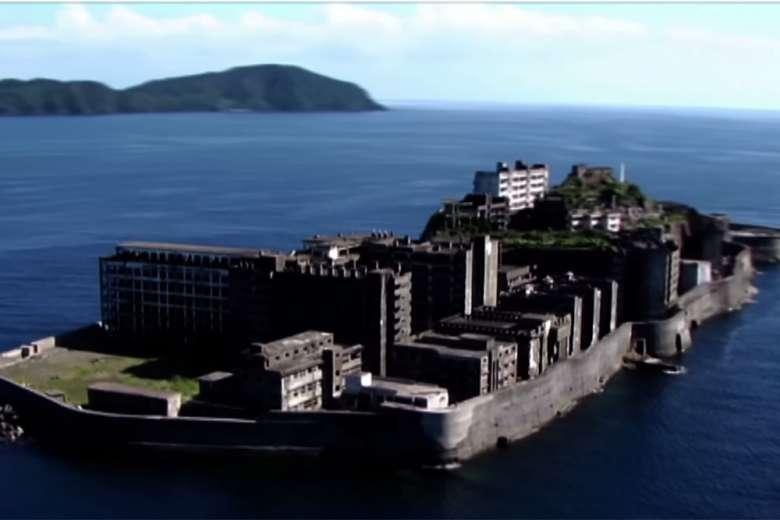 ドローンで撮影した長崎軍艦島