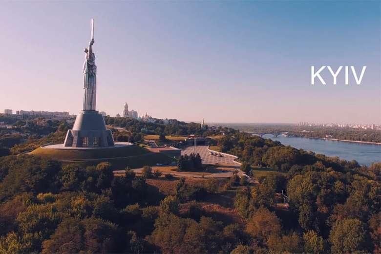 意外に知られていないウクライナの首都、キエフをドローンで空から撮影