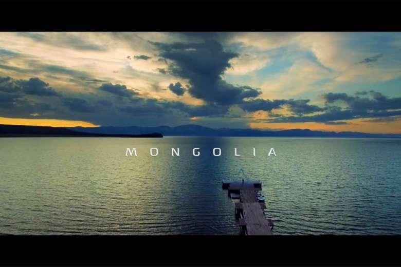 ドローントリップで訪れたモンゴルのスイスと言われる世界で二番目に透明度が高い淡水湖
