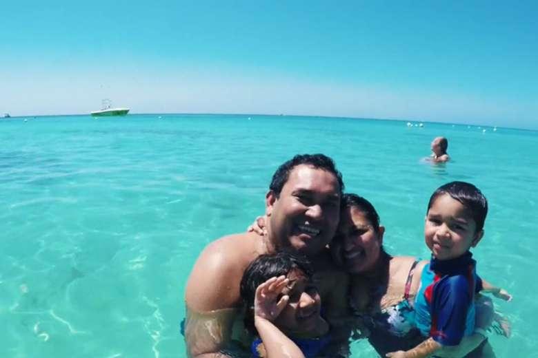 カリブ海クルーズ旅行を満喫、家族の笑顔が溢れるショートムービー