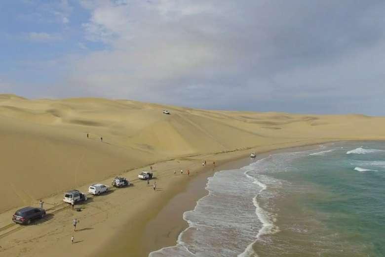ドローンを持って、世界遺産ナミブ砂漠を大移動してみた