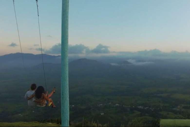 ビーチリゾートだけではない、ドミニカ共和国の姿をドローンで空撮