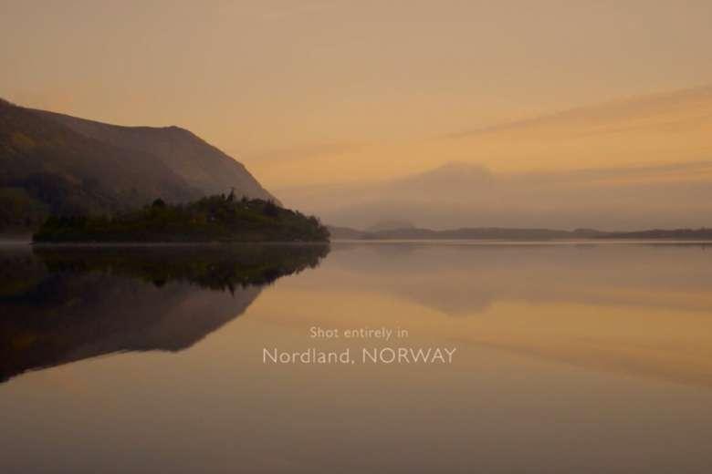 自然美と映像美の見事なコラボ、ノルウェー・ロフォーテン諸島