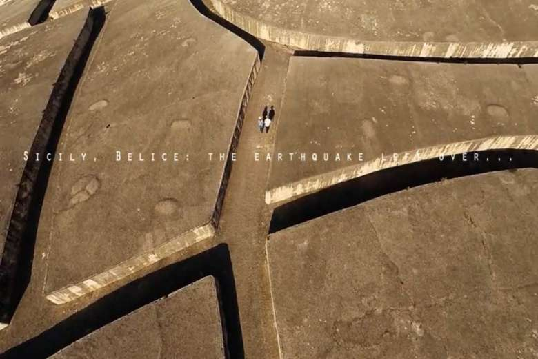 ドローンが捉える、ベリーチェ地震で被害を受けた都市の今