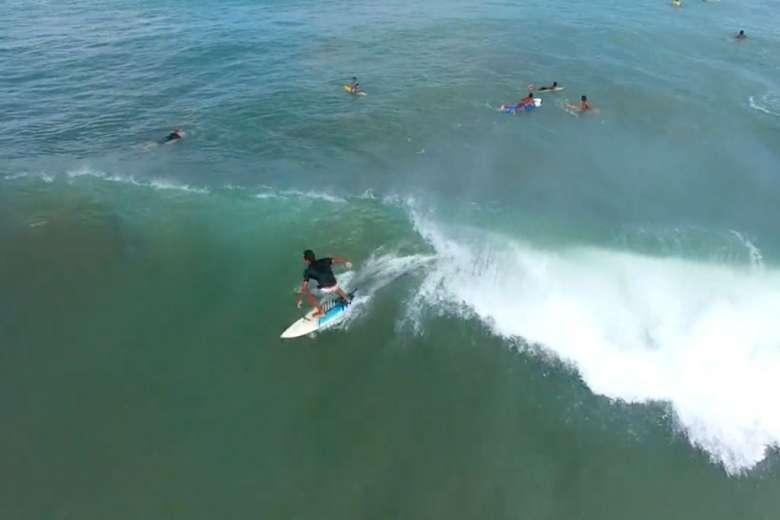 ドローンを持って、インドネシアでサーフィンをしてみた