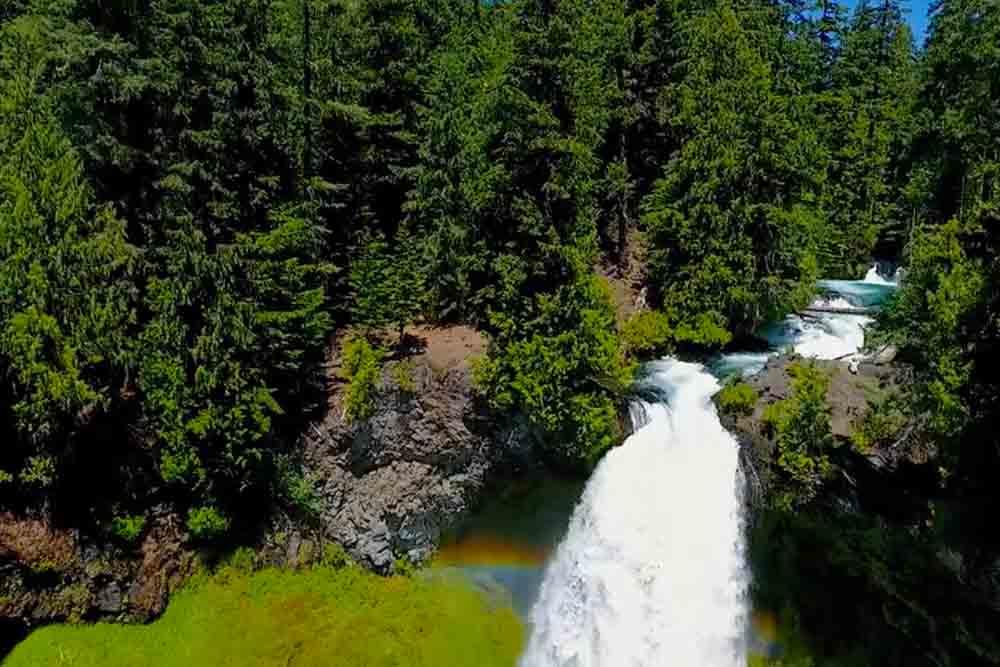 自然が紡ぐゆったりとした時間、オレゴンへのドローントリップ