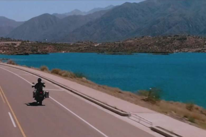 スズキのバイクで旅したアルゼンチン・メンドーサ