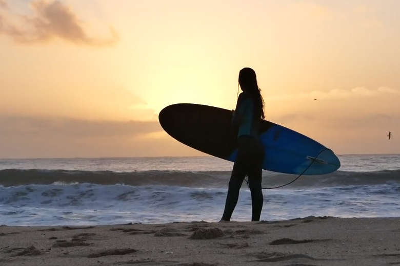 ポルトガルでサーフィン満喫のドローントリップ